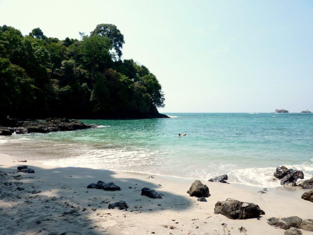 Costa Rica with kids : beach