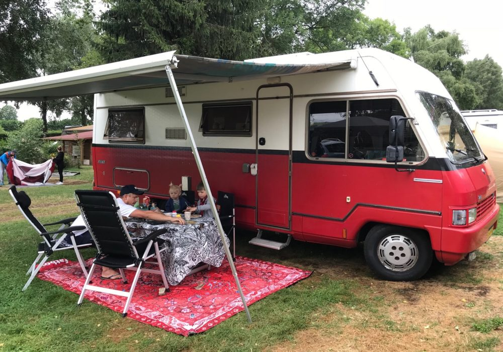 Kids Love Travel: Camper trip of 3 weeks through France and Spain